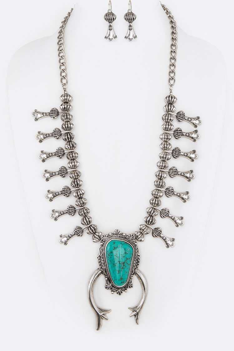 Iconic Squash Blossom Statement Western Necklace Set