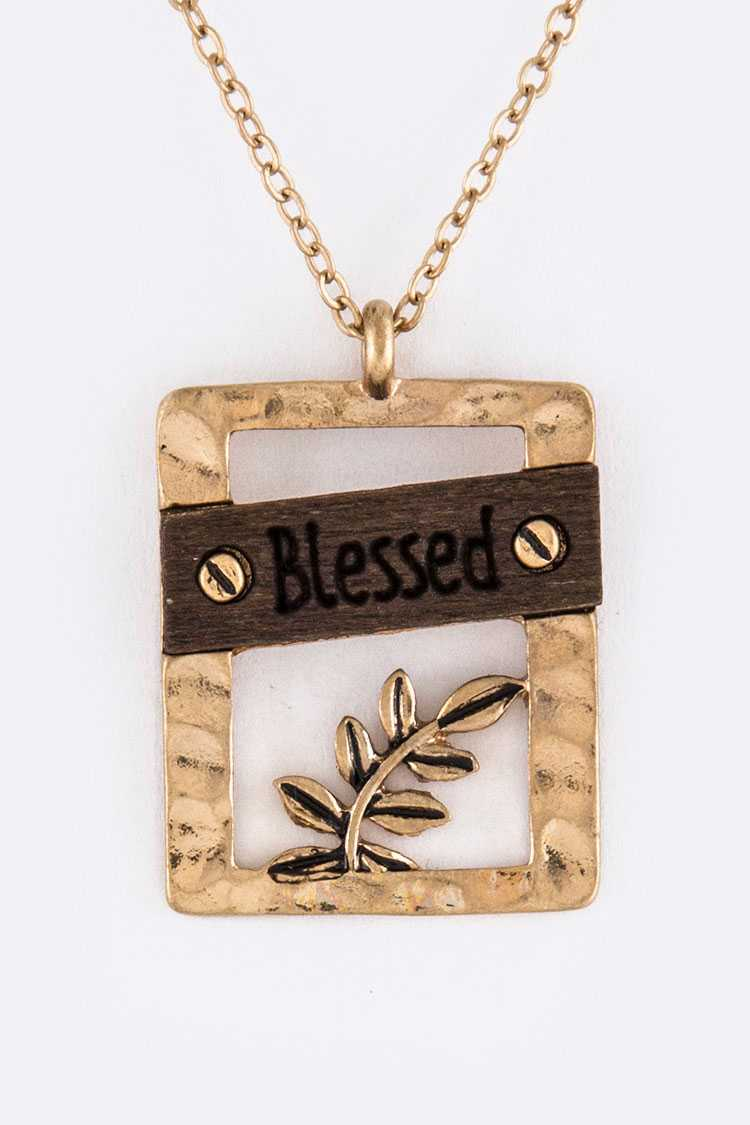 Blessed Leaf Frame Pendant Necklace Set